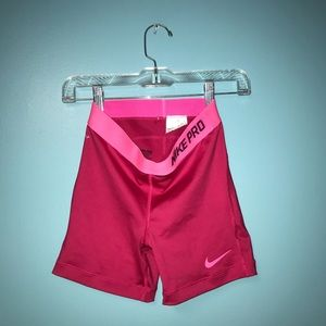 NIKE PRO Hot Pink Like New SMALL
